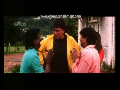 Mithun bashes up the goons - Aaj Ka Ravan