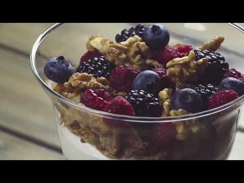Golden Choice: Γιαουρτι με φρούτα και δημητριακά Special Zer0%