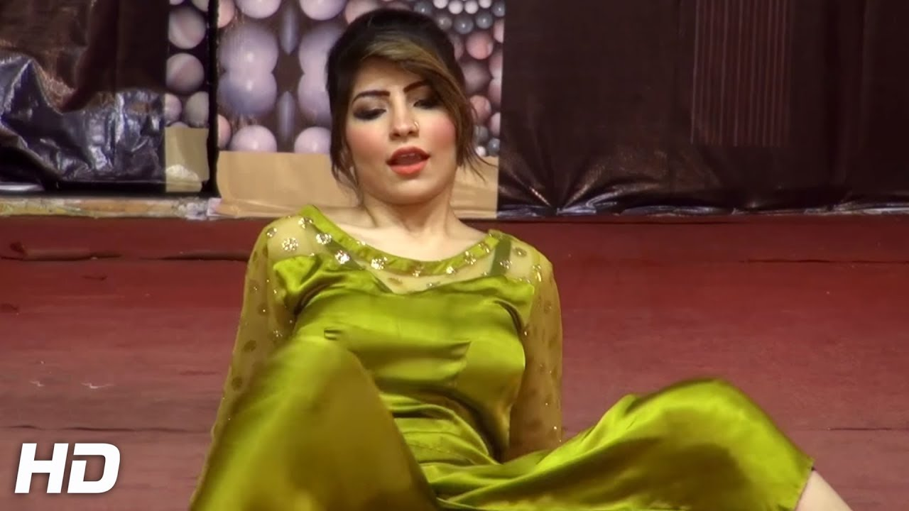 Pakistani popular mujra stage dance