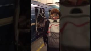 Санкт - Петербурге. Взрыв в Метро Санкт - Петербург 3. 04. 2017