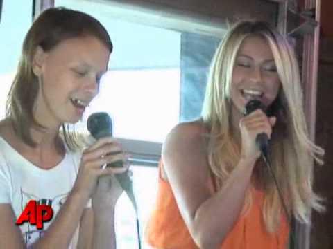 Julianne Hough Bonds With Campers Via Karaoke