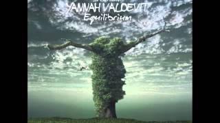 Yannah Valdevit - Equilibrium - Dalima