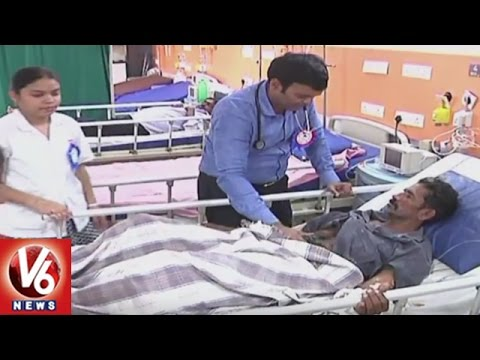 Doctor Sunil Kumar Provides Free Treatment For Poor Patients In Khammam District | V6 News