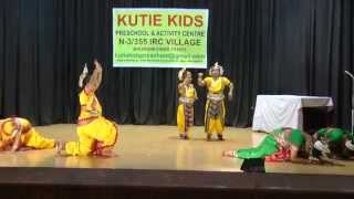 Kutie Kids Annual Function 2015 01 Odissi Dance Ahe Nila Saila