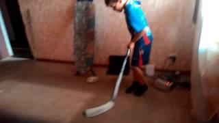Хоккейный челендж с Ильёй.
