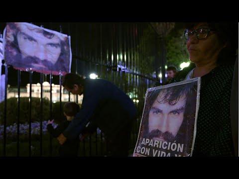 الأرجنتين: آلاف المتظاهرين يحتجون على وفاة ناشط في ظروف غامضة
