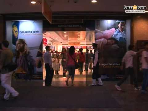 Select City Walk Mall in Saket Delhi is a Shopaholics Paradise