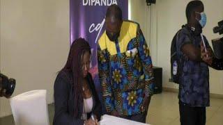 La diva Charlotte Dipanda présente son nouvel album au Cameroun
