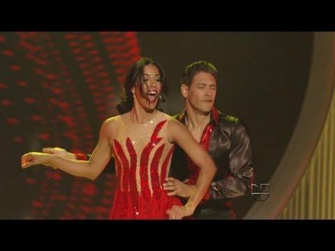 Shalimar Rivera bailó con Johnny Lozada en la semifinal de Nuestra Belleza Latina 2012