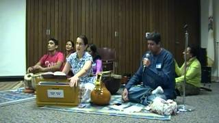 Jay Jay Bhavani (Music and Meditation Greater Chicago Naperville Jan. 2013)
