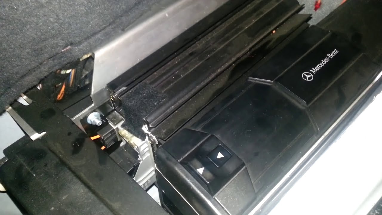 Mercedes No Sound From Speakers
