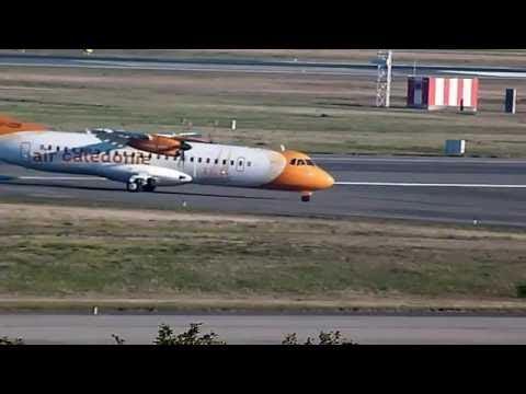 AIR CALEDONIE - ATR 72/600 - F-OZIP - saliendo y entrando a pista