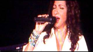 Gloria Estefan Live for loving you liverpool concert