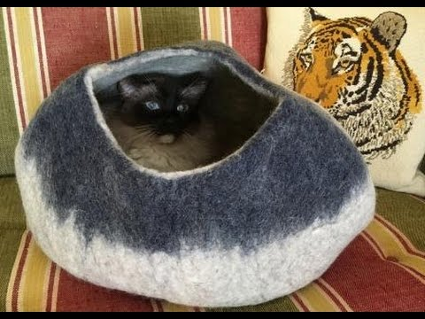 6 Ragdoll Cats Receive Kitty Centric Felted Wool Cat Caves 🐈 🐱 💕 - Floppycats
