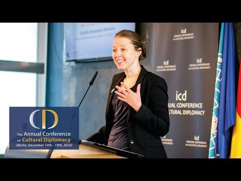 Gunda-Alexandra Detmers (Head of the International Team of UNICEF Berlin)