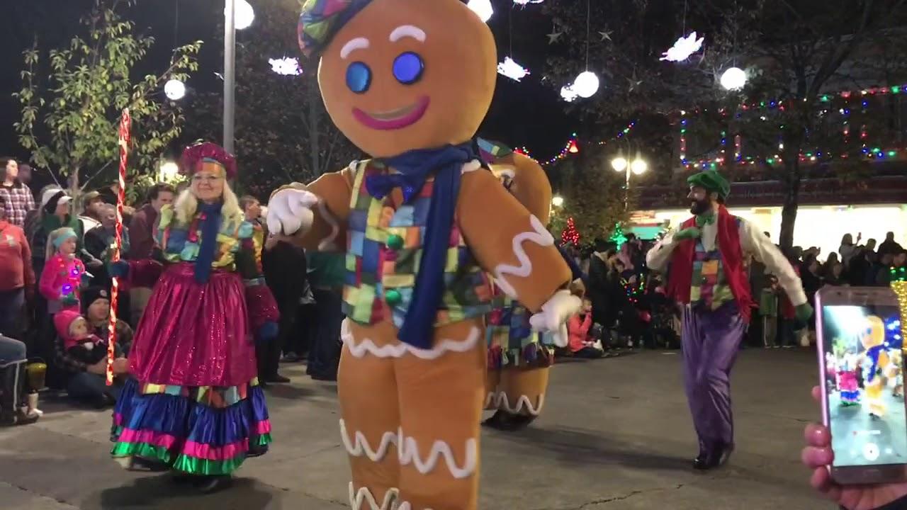 Dollywood 2017 Christmas Parade - YouTube