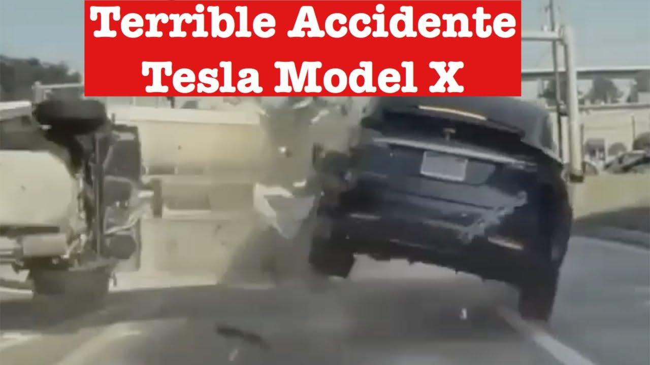 Accidente con un Tesla Model X: ¿El autopilot podría haberlo evitado?