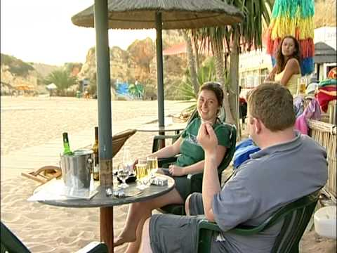 Praia De Rocha, Algarve - travel guide - Teletext Holidays