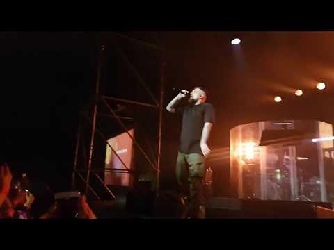 Баста - Я поднимаюсь над землей (Казань Live 2017)