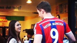 ROBERT LEWANDOWSKI PICKING UP GIRLS 2