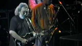 "Grateful Dead  Perform-"" It Takes a Lot To Laugh, It Takes a Train To Cry "" 9 10 91.flv"