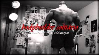 sonhador bodybuilder solitrio