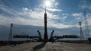 Корабль «Союз» пристыковался к МКС (новости)(http://ntdtv.ru/ Корабль «Союз» пристыковался к МКС. Космический корабль «Союз ТМА-17М» успешно пристыковался к..., 2015-07-23T09:34:43.000Z)