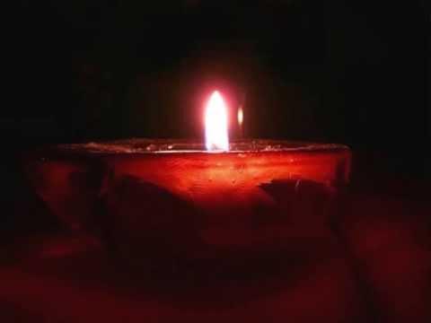 . e di notte una candela.