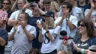 Yogi Berra enters Stadium with Torre on Joe Torre Day