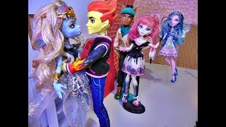The new Cinderella - Ever after high/Monster high Stop motion