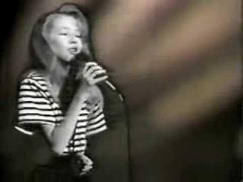 Christina Aguilera - Black Velvet 1991