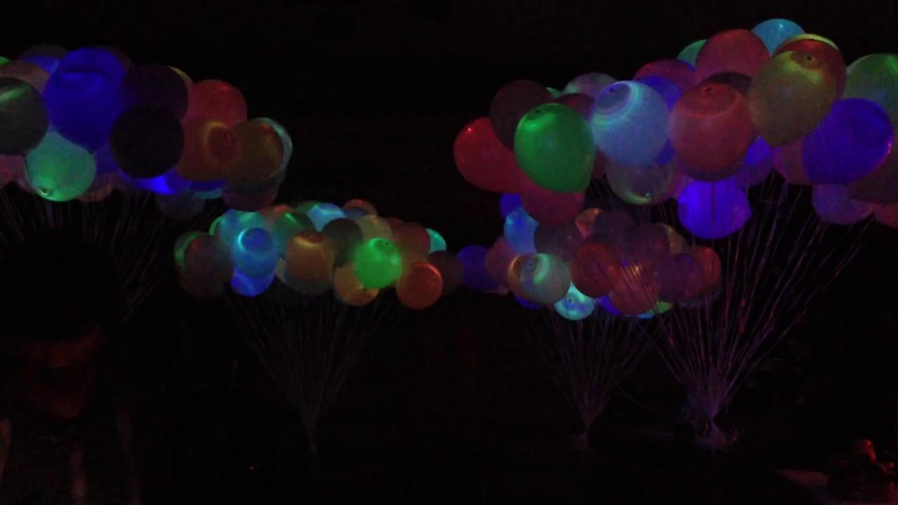 странные светящиеся шары под водой фото неких