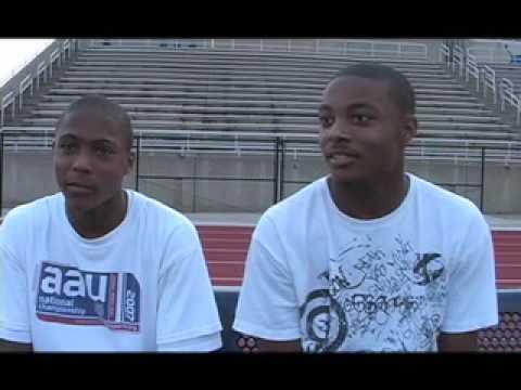 B2C: Berry Boys Interview - Elliot and Evan