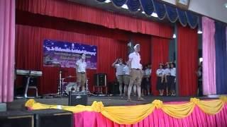 Repeat youtube video การแสดงปัจฉิม 6/6 รุ่น 113