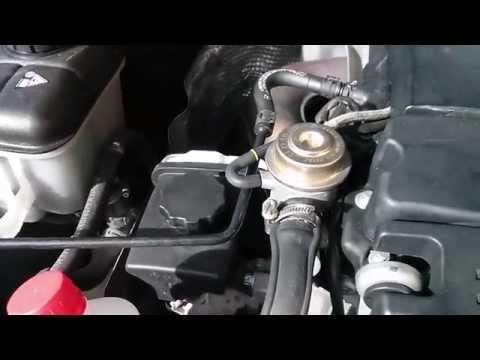 MB W203 M271   Sustitucion del aceite direccion asistida
