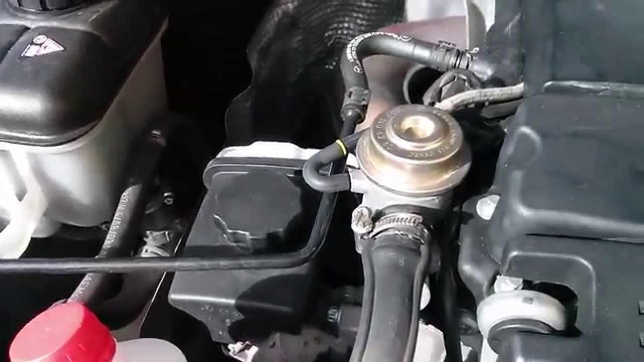MB W203 M271 Sustitucion del aceite direccion asistida ...