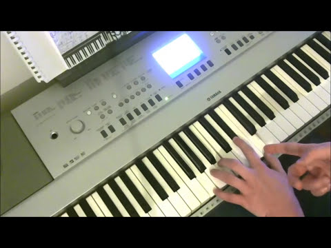 Fly Me to the Moon - Jazz Piano Tutorial w/ Chord Analysis & Bluesy Improvisation Ideas