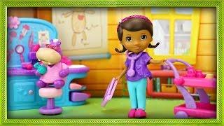 Доктор Плюшева Веселые Игрушки из мультфильма Doc McStuffins  Disney. Открываем и играем Toy Обзор