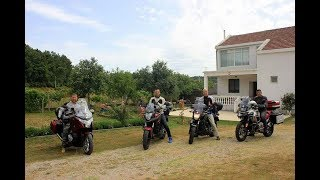Motosiklet ile 11 günde 9 ülke nasıl gezilir?