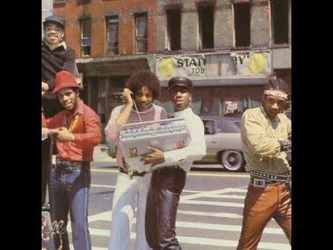 Grandmaster Flash and The Furious Five - The Message (with lyrics)
