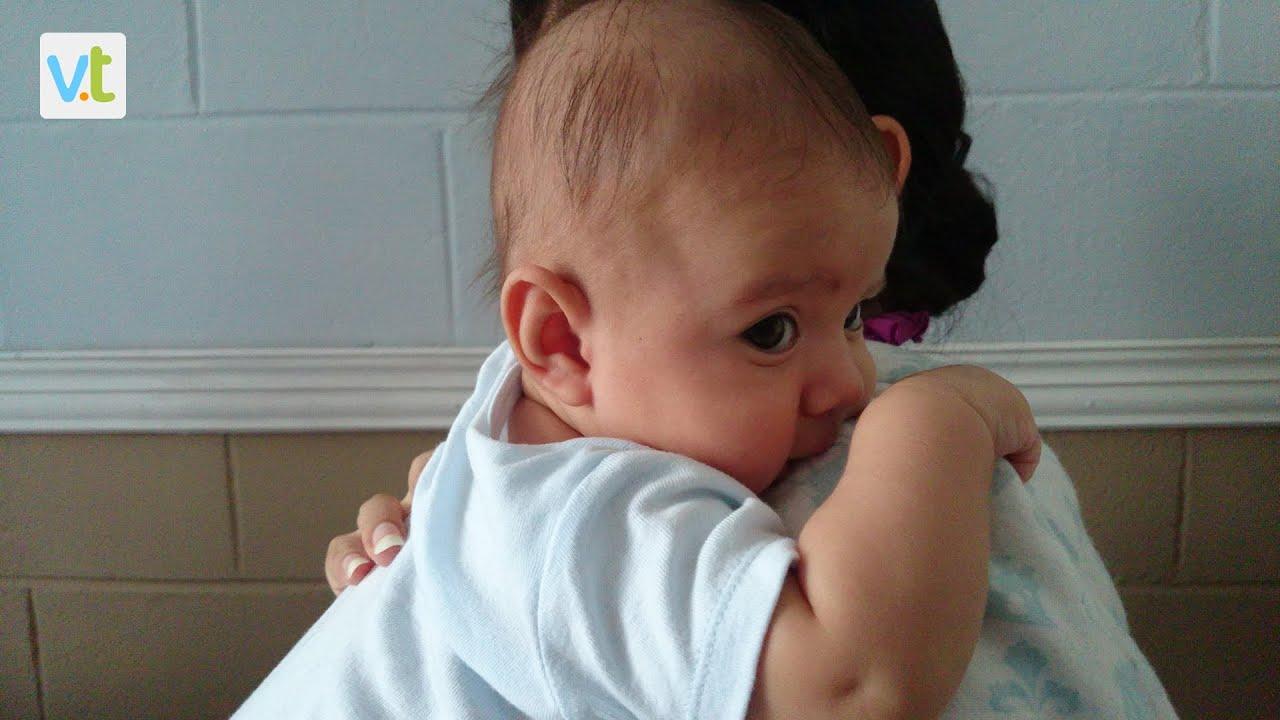 Plana De como prevenir y corregir el síndrome de cabeza plana en los bebes
