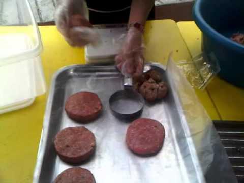 Homemade Ra Burger Bakar