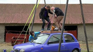 Lifting A Car With A Vacuum Cleaner | Brit Lab