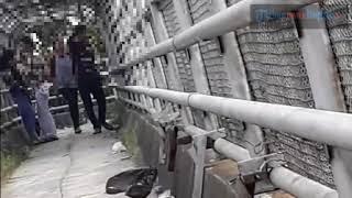 Download Video Duh, Remaja asal Bogor ini ketahuan mesum di jembatan MP3 3GP MP4