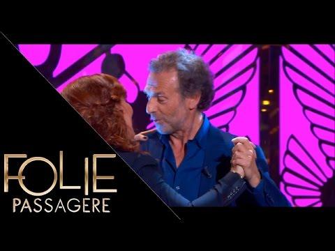 Stéphane Freiss danse un slow avec Noémie de Lattre  Folie Passagère 06042016
