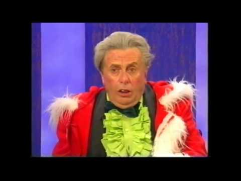 Sir Les Patterson on Parkinson Christmas!