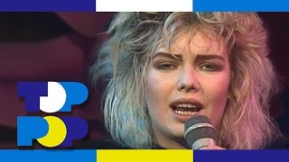 Kim Wilde - You Keep Me Hanging On • TopPop