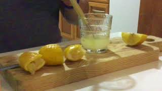 Video Tinto De Verano - The  Refreshing And Easy Hot Weather Libation From Spain download MP3, 3GP, MP4, WEBM, AVI, FLV Oktober 2017