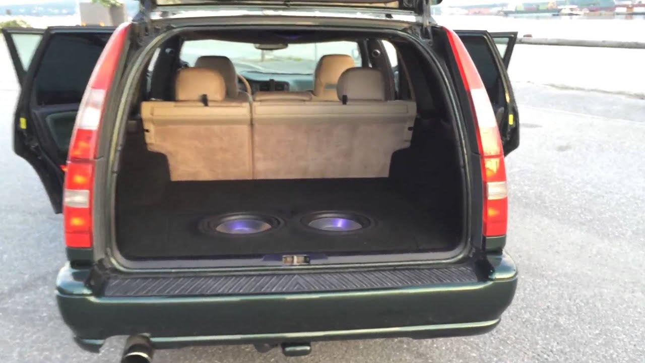 Volvo V70 T5 R-design speakers! - YouTube