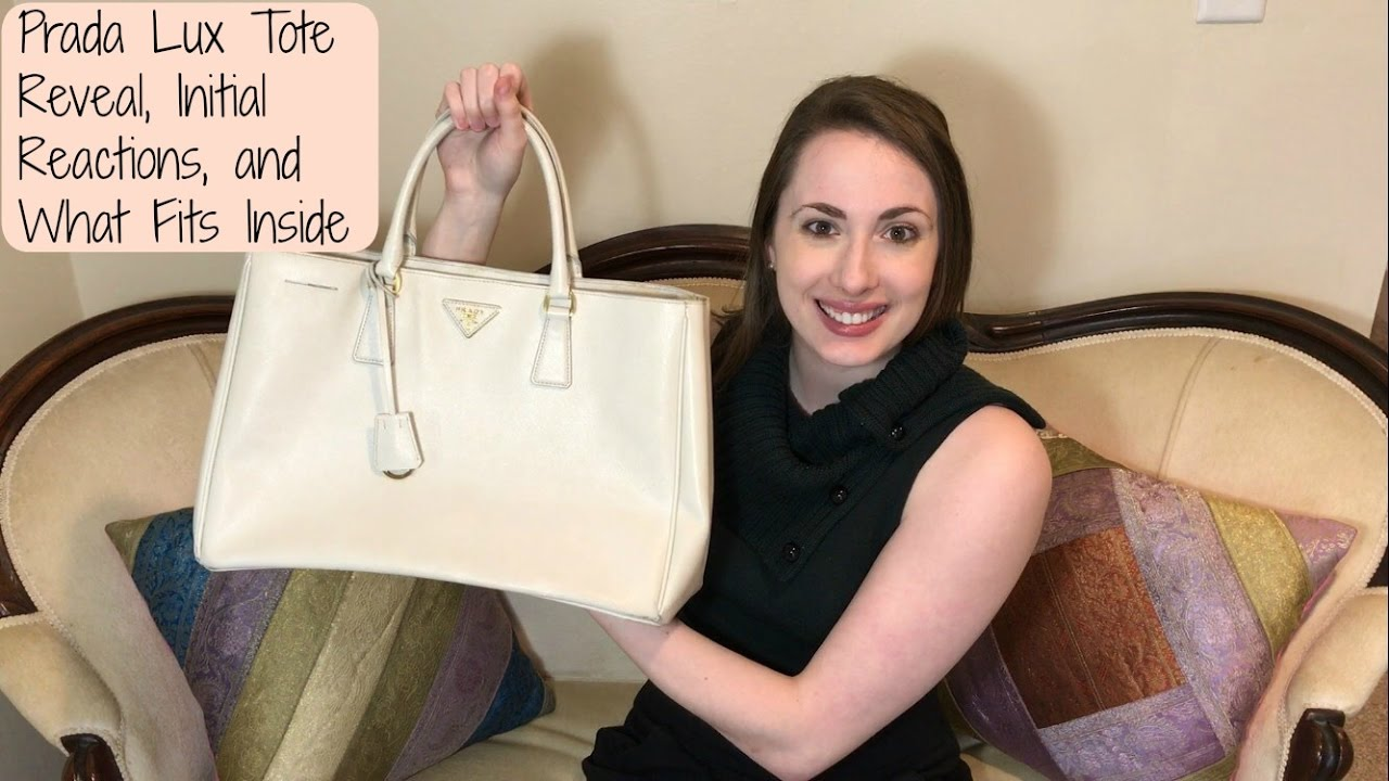 4db14b3cbc64 Prada Saffiano Lux Large Tote   Reveal   Initial Reaction   What Fits  Inside   Pre-Loved Find